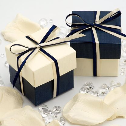Picture of Two Tone Favor boxes Navy and Ivory