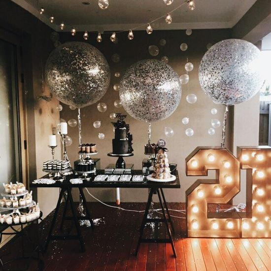 """Picture of Silver Clear Balloons 36"""" Confetti"""