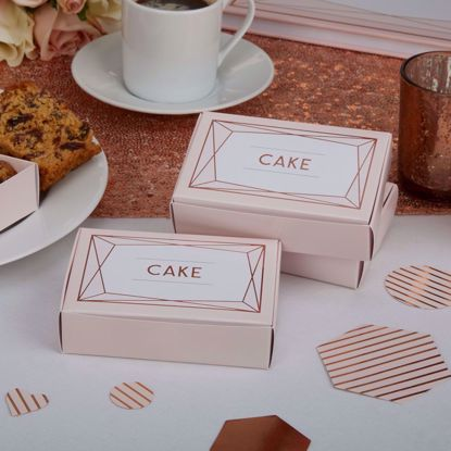 Picture of Wedding Favour Boxes Geo Blush Cake