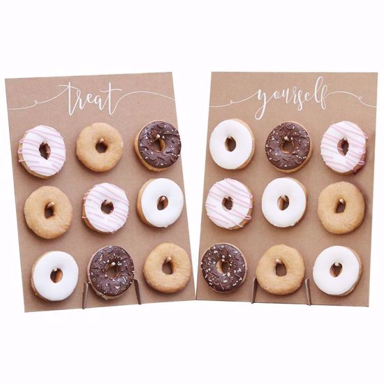 Picture of DONUT WALL CAKE ALTERNATIVE - RUSTIC COUNTRY
